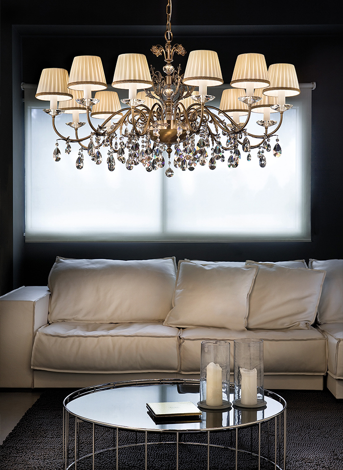 Cast brass and metal frame. Pongè lampshades, crystal pendants|Cast brass and metal frame. Pongè lampshades, crystal pendants|Cast brass and metal frame. Pongè lampshades, crystal pendants
