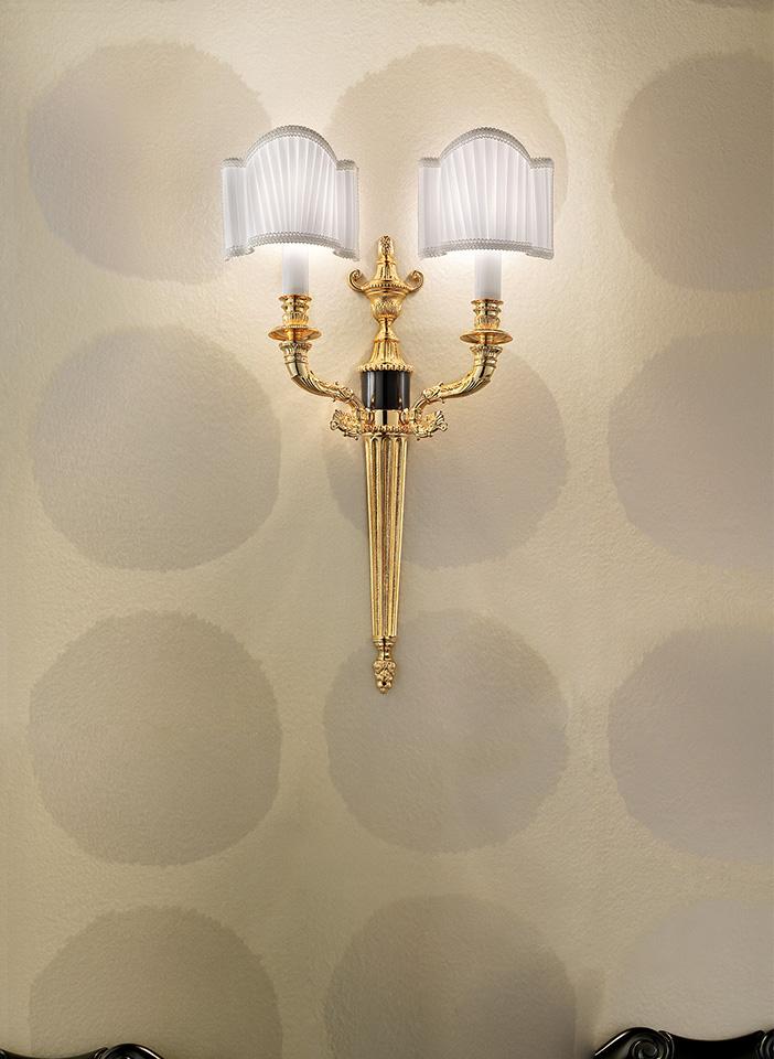 Gold cast brass frame Pongè lampshades