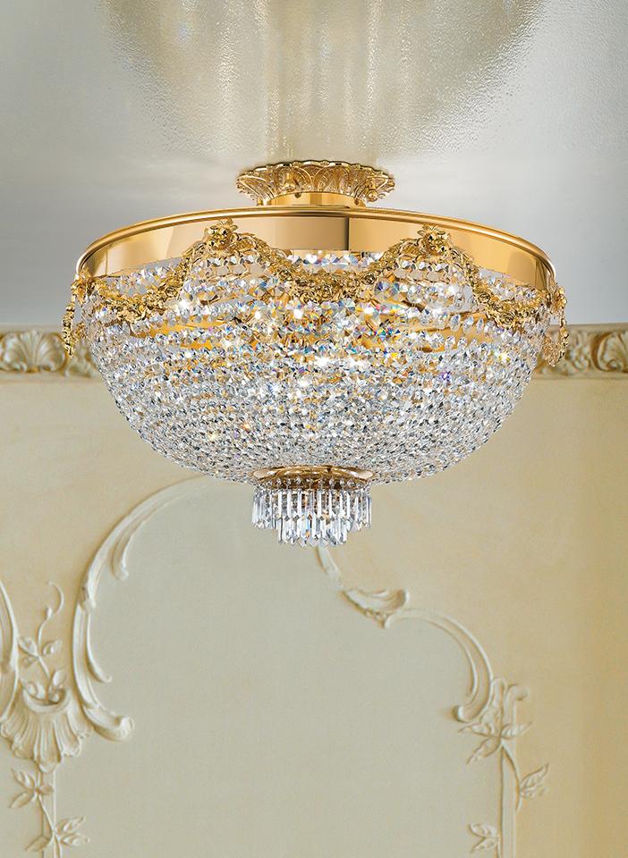 Metal frame. Crystal or glass pendants